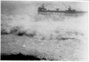 View from Settlement of heavy seas at No 3 Pier on 2 Jan 1932