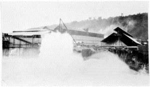 Heavy seas on 2 January 1932